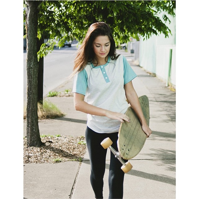 Are you ready for summer? The Seattle Henley is now available at www.disidual.com #disidual #summer #surf #skate photo: @ovethmartinez