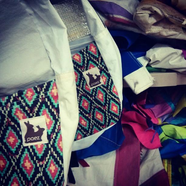 Retazos @paezshoes + Velas #mafiabags. #cobranding #comingsoon pronto en tiendas #paezshoes