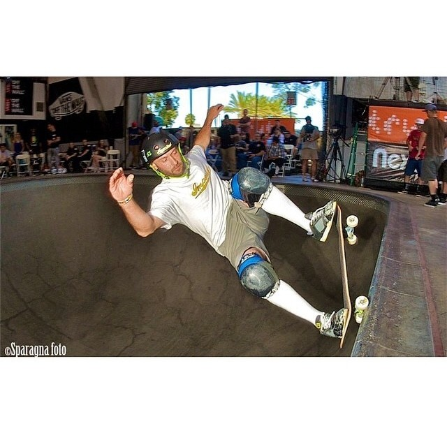 @brianpatch #allterrainripper wears the S1 Lifer Helmet. #vanspoolparty #skatephoto captured by @sparagram