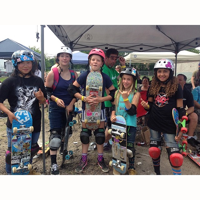 Da girls at #TexasVertRevival. Kisa Nakamura, Cansas Burns, Poppy Olsen, Brighton Zeuner and Spencer Breaux. #skateboarding #skateboard #skate #skatelife #vert #skatergirl #skatergirls