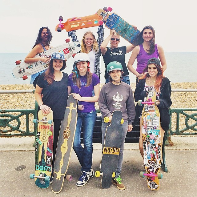 Longboard Girls Crew UK had their first summer get together this weekend in #Brighton. Stoked to see more girls from the #UK shredding! Regram from @lynders #longboardgirlscrew