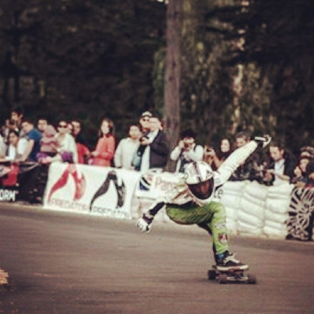 Longboard Girls Crew Argentina's rider Romina Bessone got style. Photo? #longboardgirlscrew #girlswhoshred