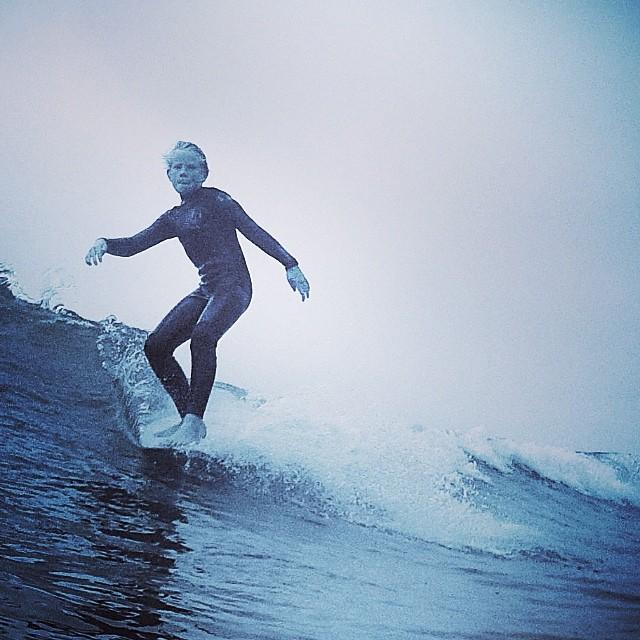 ~Surfing through the Monday blues @olinrecess ~ PC: @jeremyborgeson #HotlineWetsuits #SantaCruz #HappyMonday #TeamRider #Classic
