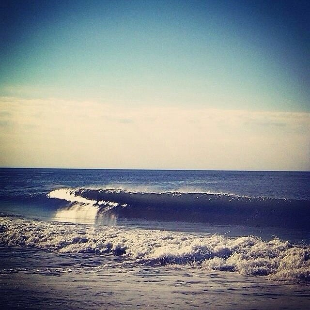 """Photo of the day from Florida: """"Dudes it was incredible. Nice and glassy. Long and smooth."""" — Fun· Chest(3ft)· Glassy· FewPeople (via Wyatt Adams) — at Cocoa Beach Pier #goFlow #perfectwaves #Florida"""