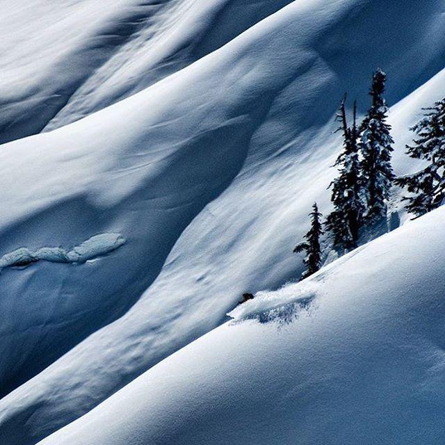 Happy New Year! Skier: @johnwellsski PC: @rylanschoen