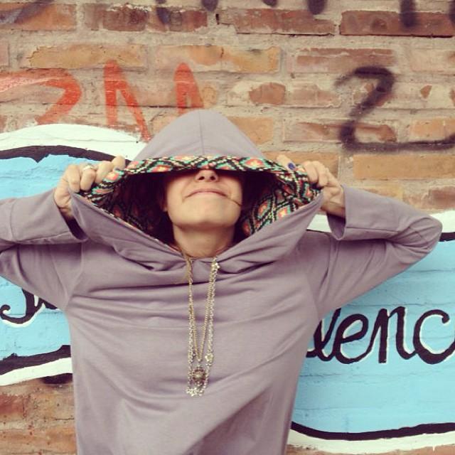 Vení a buscar #wehoodie a nuestro Store! ❤️ Av. Santa Fe 1699 www.laspaez.com.ar #hoodie #sweatshirt #women #clothes #welove #paez #chakana #paezshoes #shoes