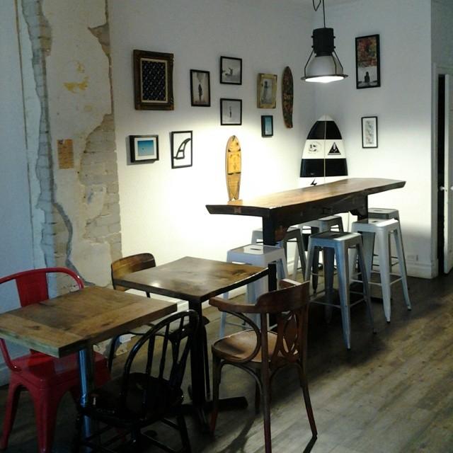 Akela Surf @ Cafe Jeanne D'Arc Montreal