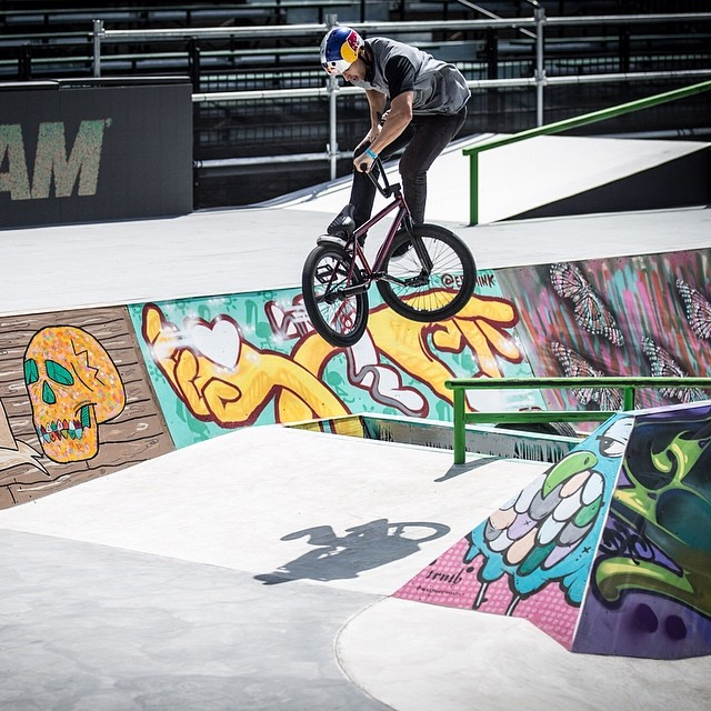 @reynoldsfiend warming up the street course! #xgamesaustin