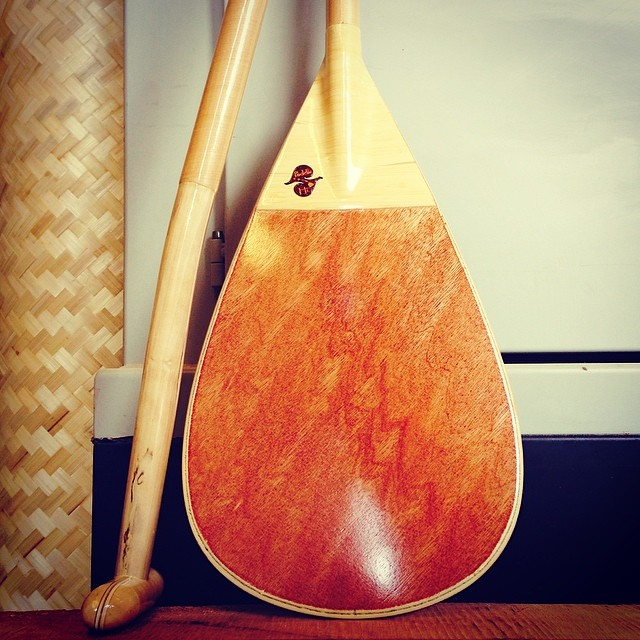 The new outrigger canoe paddle #naturescarbonfiber #paddlehi