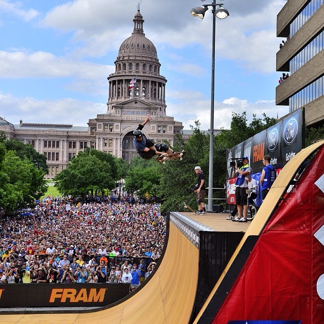 Packed house for the @Tonyhawk and friends demo! Skate & BMX Vert coming up tonight to kick off #XGamesAustin!