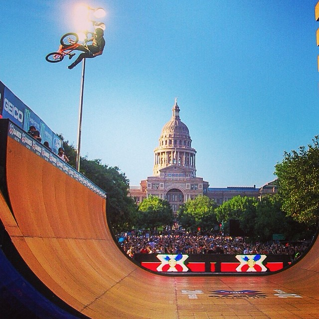 Night one in full swing! Next up the boys on the bikes in BMX Vert. Check the full schedule at XGames.com #xgamesaustin
