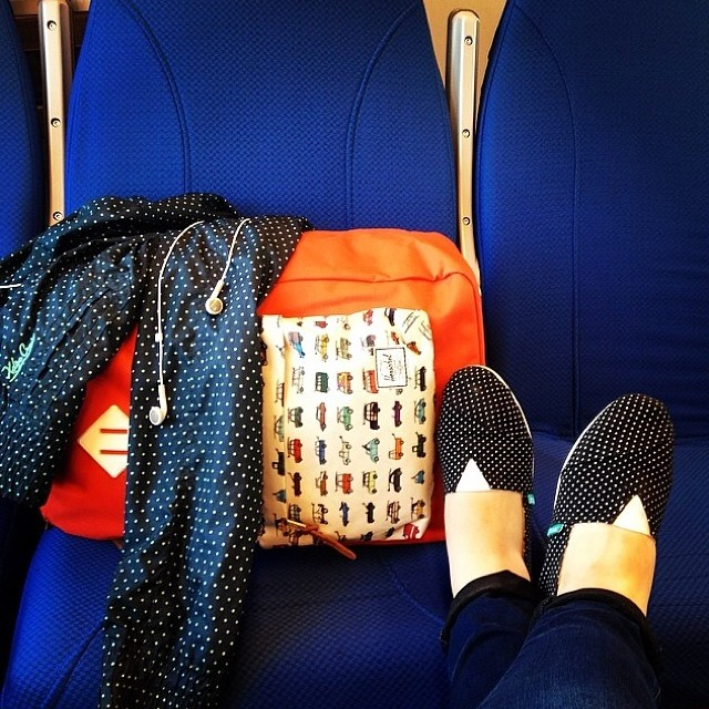 Traveling around by @alitakarinka #paez #pintitas