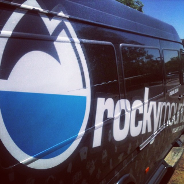 If #ski or #bike and you own a vehicle.. And we know you do rack it with @rockymounts  #boulder #colorado