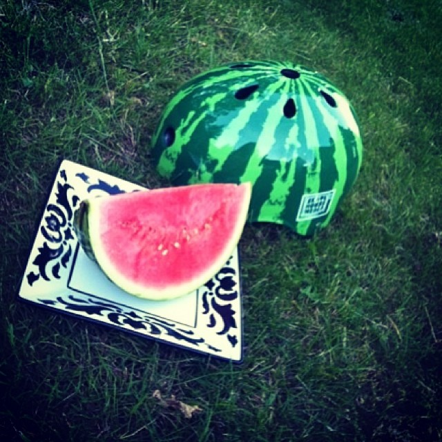 @macyvs bought an S1 Lifer Helmet from @dropinskateshop in the #netherlands and got creative. #s1helmet  x @skatehousemedia #watermelonhelmet #skateeurope