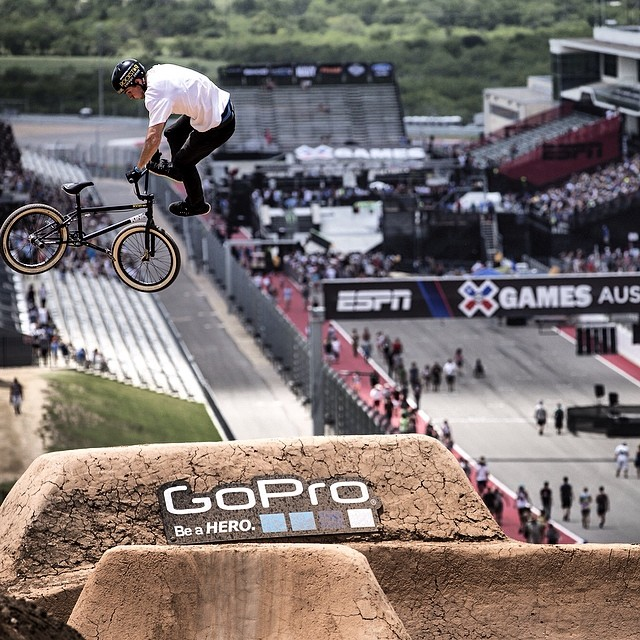 Another huge day here in Austin! Get ready to kick off your Saturday with BMX Dirt at 12pm ET on ESPN! Photo: @espn_images