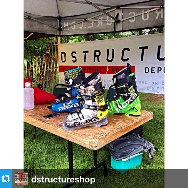 #Repost from @dstructureshop with the 14-15 lineup for demo! Drop by and check em out. --- The @roxaboots 2014-2015 are on demo! | Les @roxaboots 2014-2015 sont en démo!