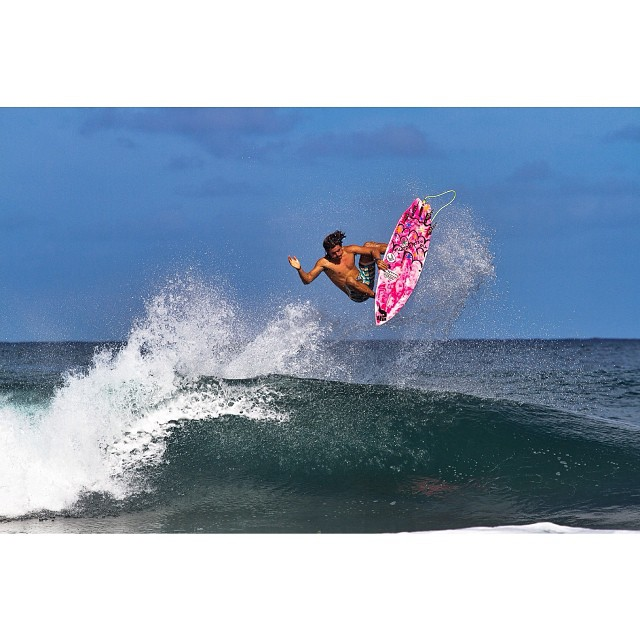 noRep Team Rider Keoni Jones Boosting || Rocky Lefts, North Shore Oahu || © @photokeoki  #surf #northshore #winter14