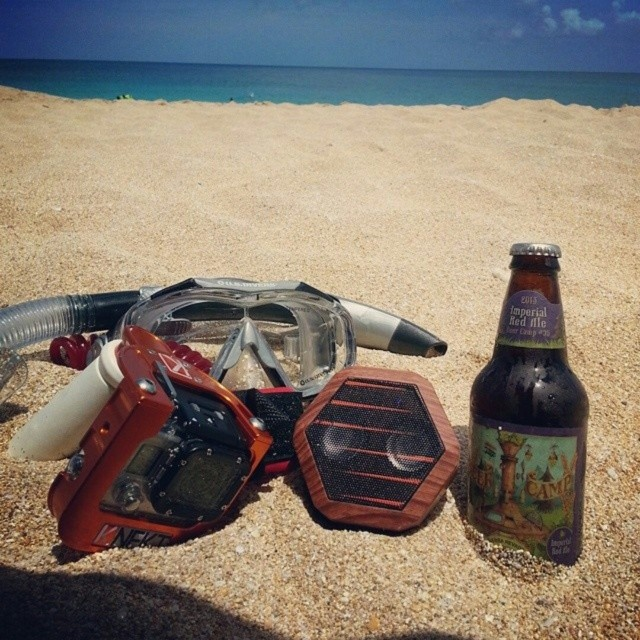 #boombotix on ya beach! #Shoutout @ki_ilau for the shot! #gopro #hero3 #sierranevada #snorkel #woodgrain #beach #startingsix #oyb