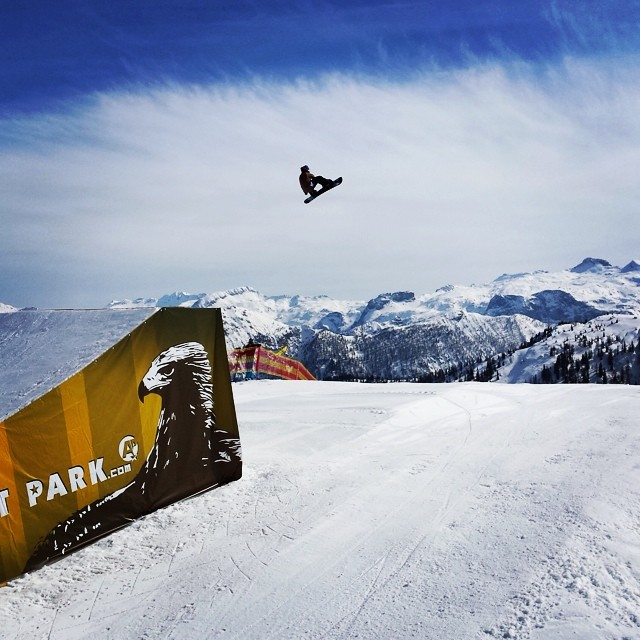 Patrick Pitter hitting the big line on his Thrive Relentless 158 at #absolutpark #flachauwinkl #austria #thrive #snowboard #bigair