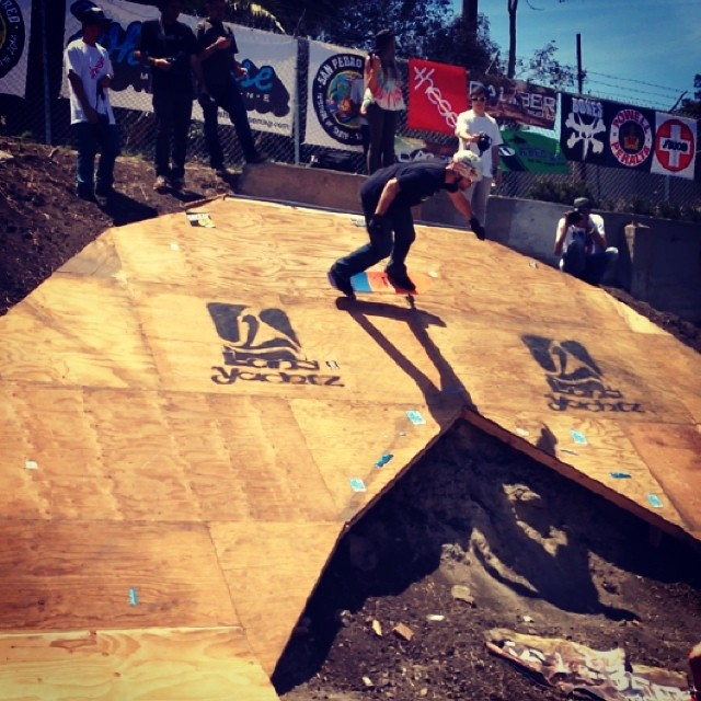 Owner and founder Austin Grazianp--@austin_bonzing hitting the rainbow ramp at the San Pedro Shred.  Thanks to @wheelbasemag for putting on the event. We had a great time!  #austingraziano #bonzing #sanpedroshred