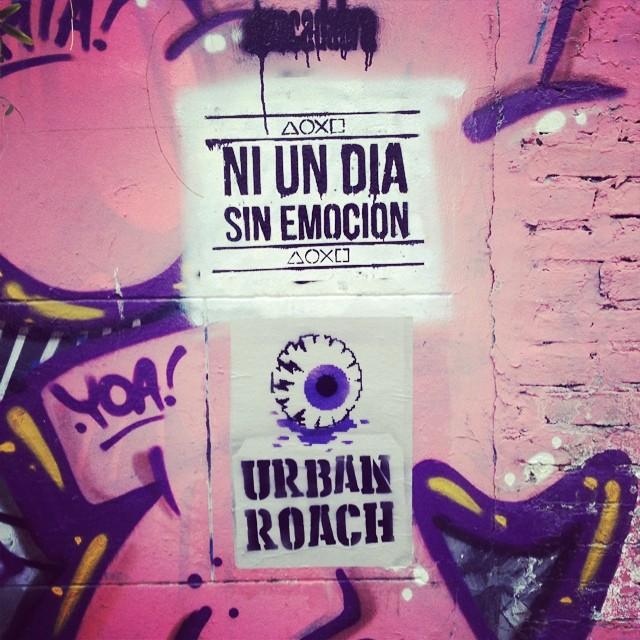 Emociones compartidas #pasteup #póster #eye #ojo #awake #streetart #arteurbano #pixel #pixelart #urbanlife #urbanroach #playstation #street