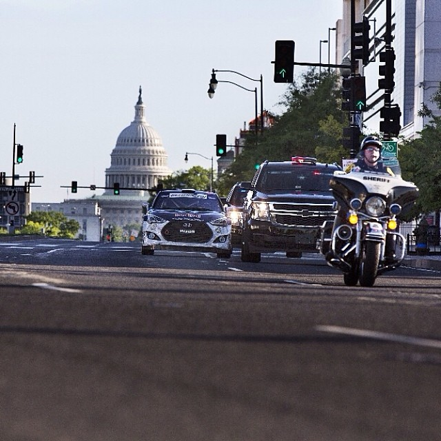 What better way to prepare for #RedBullGRC in Washington D.C. than a Presidential Motorcade warm-up lap? Click the link in our profile to watch Rhys Millen fly through D.C.