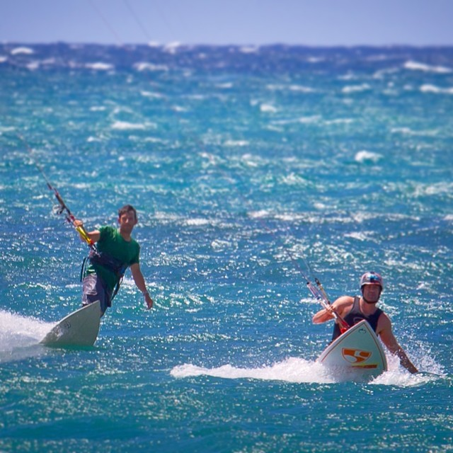 #JustLikeOldTimes - a couple #whitewaterkayaker bros gettin their rally on!!! #MadLuv @robbyhogg & safe flight back to the mainland!  @paulflymaui @hi5sfoundation | photo: @shawnakorgan | #highfivesathlete #choosepositivitynow.com