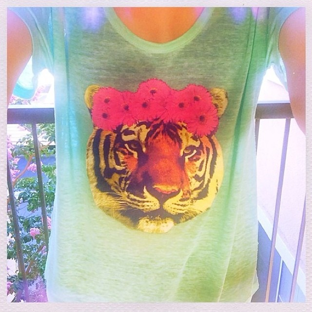 Tony the Tiger does #boho chic -> @nikkiphillippi wearing T4T! #blogger #fashion #flowercrown #summer #style #eco