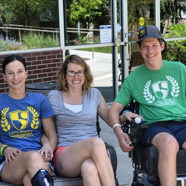 Three #HighFivesAthletes (Jocelyn Judd, @sallyfranck and Jeff Andrews) were able to connect for a great day together this past Friday at Craig Hospital! Full story and photos on the #High5ives blog.