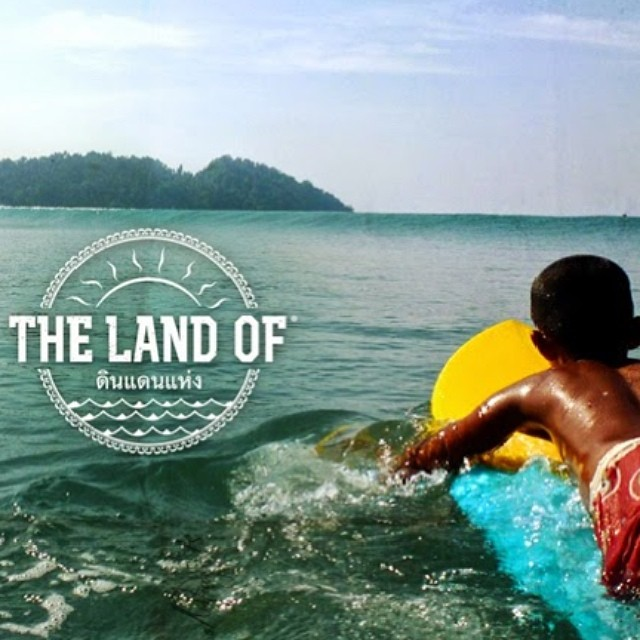 The land of: searching for waves and a purpose in Thailand with  @dawnwolfdreamer on the blog now #myseealife #seeababes