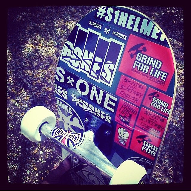 @adriandemain 's setup for #goskateboarding day. A sticker job is more than mere advertising @greenissue @boneswheels @grindforlifeorg #s1helmets . Adrian wears the S1 Lifer Helmet.
