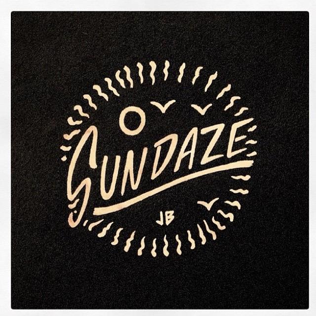 Repost @jamiebrowneart ! Energía positiva, el abrazo del mar, domingo #Sundazestateofmine #Sundaze #Domingo #stateofmine  #jamiebrowneart