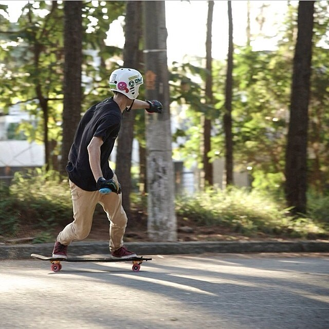 @johnnyalmeida in a sweet skate weather! How was your #goskateboardingday ? #staysteez #keepitholesom