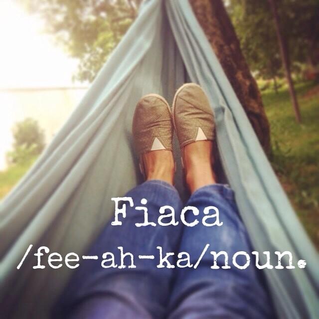 Lazyyyyyy monday!!!!! @pequenos_apontamentos #paez #paezshoes #fiaca
