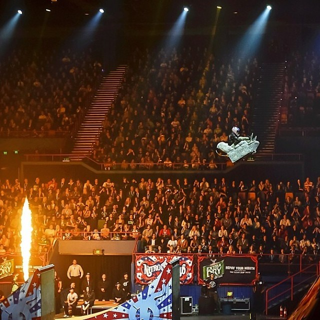 Think jumping a mega ramp on your skate is nuts? What about jumping a couch... Trevor Jacob @gkc4life landed it  #nitrocircus #bult