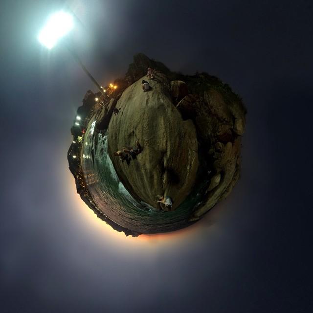 A 360 view of Pedra do Arpoador at #Ipanema Beach in #Rio. #justforkicks