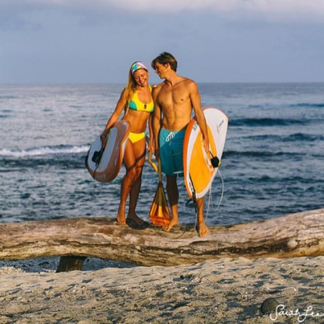 #supcouple waiting for waves.. @swellliving #sarahleephoto @odinasurf @imaginesurf @konaboys @kaenon @futuressup #itakebioastin @organik @rareform #tbt #paddlehi