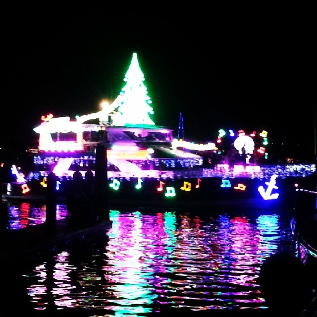 Boad parade! #christmas #newport #boatparade #lights #hashtag