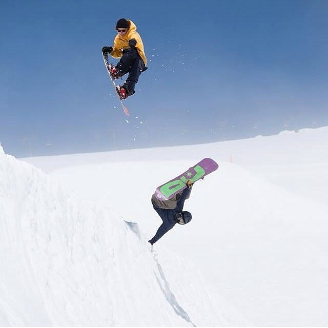 @lilhefe & @boardjumpz throwing down @windellscamp on #MtHood. #SummerShred #FunnestPlaceOnEarth #PNW