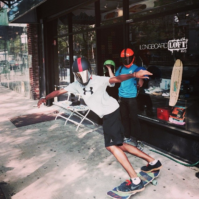 """ @longboardloftNYC is a proud Predator dealer located at 132 Allen St. in New York City. Check out their selection of DH-6s and FR-7a if you are in the area! Rider: @blvnk_thougts, toeside check in a Zen Pro Model DH-6 with silver mirror visor """