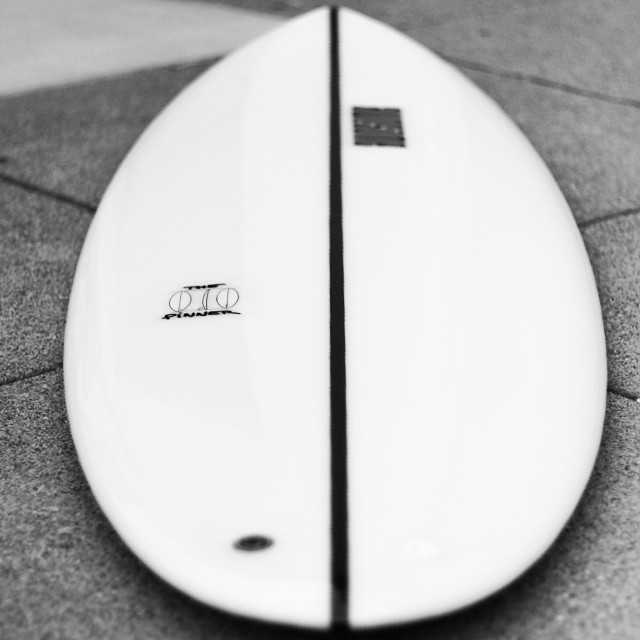 the pinner, 5'9 single fin, limited edition with wide cedar stringer and high gloss polish #awesome #awesomesurfboards #limitededition#surfboards #madeincalifornia