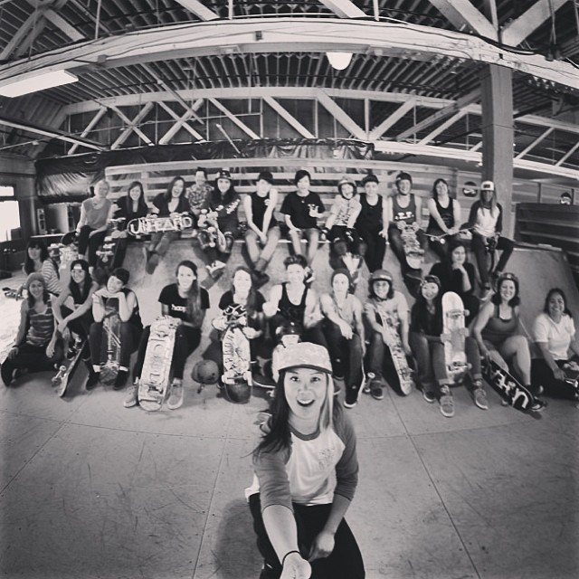So many great women put together the #mahfiasessions In Portland and came out for the skate. Thanks @mahfiaboss and @thesmallviking for an awesome weekend #lovemyjob #xshelmets #skatebikeboardski