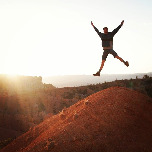 Get out there this weekend! @cywhitling doing just that in his Pilots at Bryce Canyon NP.  #adventureworthy