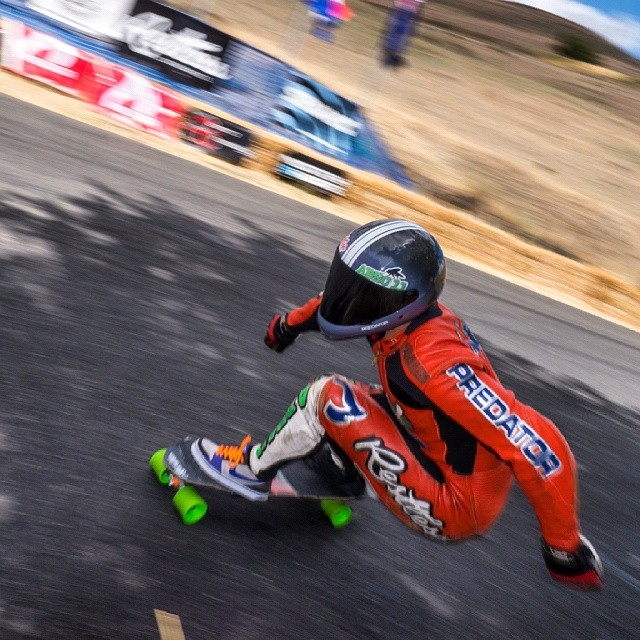 Niko had some bad luck in qualifications yesterday and had to race to qualify today but he easily dominated the brackets and won, putting him in 49th place for tomorrow's open finals.  @niko_dh #DH6 #mfos #maryhill2014 #downhill #racing