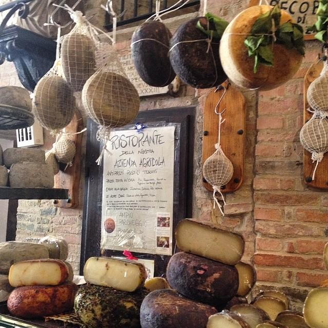 So much cheese! #pecorino #pienza #tuscany #italy #wanderlust #foodieheaven #travel