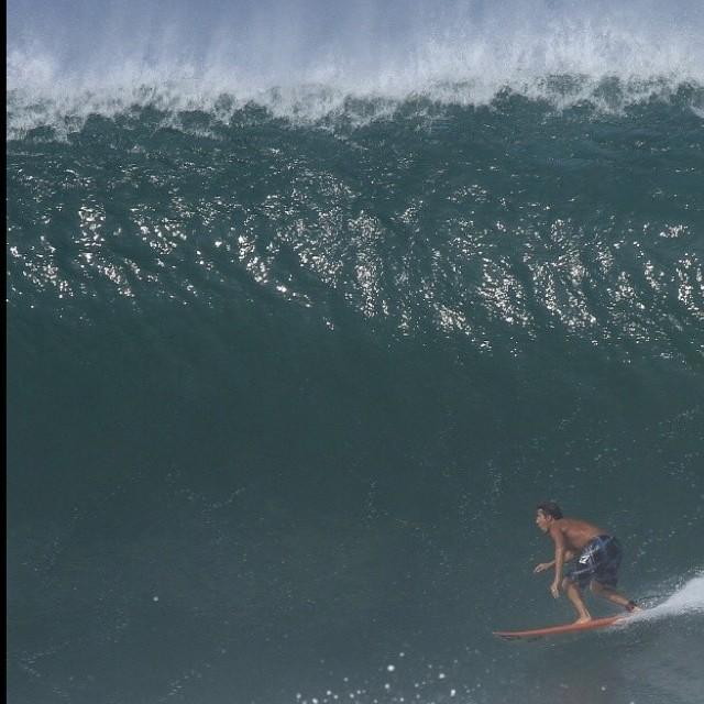 Fran @fran_ferreras y un tubazo Mexicano #Volcom #Surf #FranFerreras #Volcomfamily