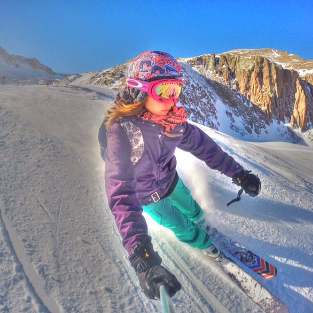 Más de nuestras fundas en esta temporada de invierno 2014! Pedinos la tuya!#ski#snow#helmet#bilo