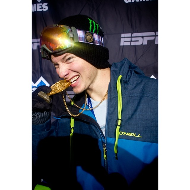 Happy birthday to the winningest halfpipe skier. @mrdavidwise is 24 today. Wish him well! #riderowned