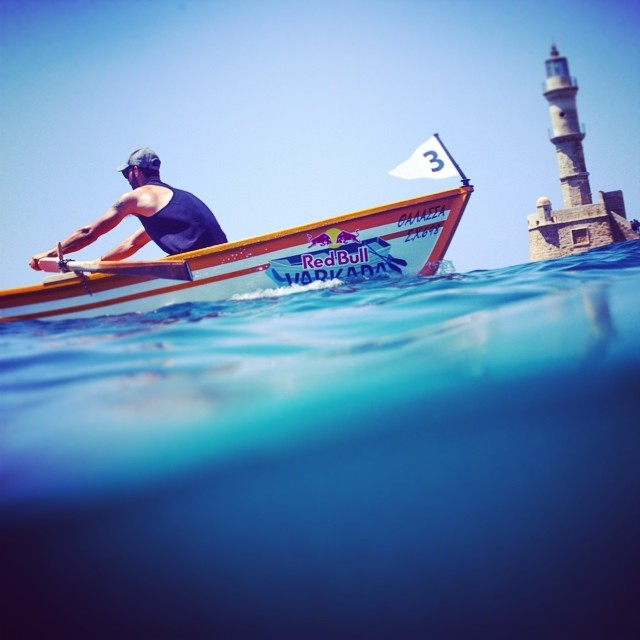 Putting your oar in. Nikos Gountoulas competes in Greece.  #rowing #varkadarace #varkada