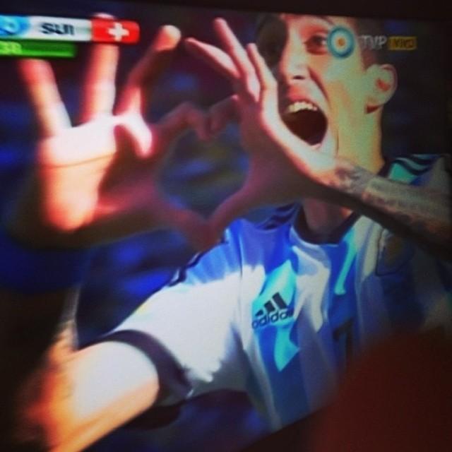 Vamos Argentina Carajo y la concha de la Lora!!!!!!! Good match @frederik_kalbermatten. I'm sory.